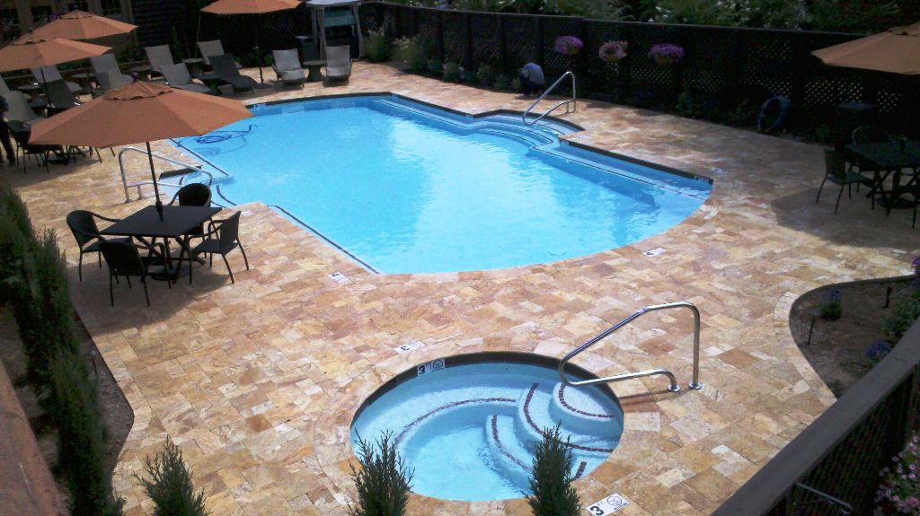 Custom pool contractor and custom spa Sedona AZ