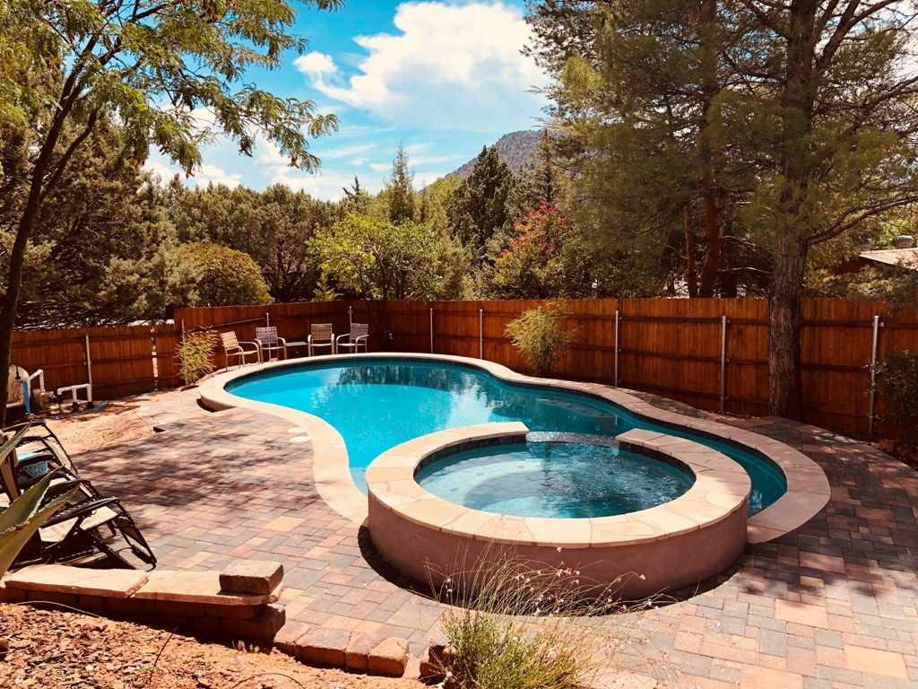 Sunsplash Custom Pool